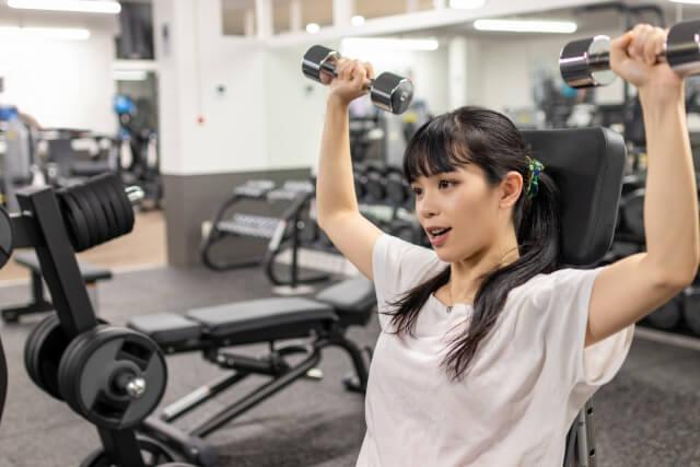 筋トレ、ウエイトトレーニングをする